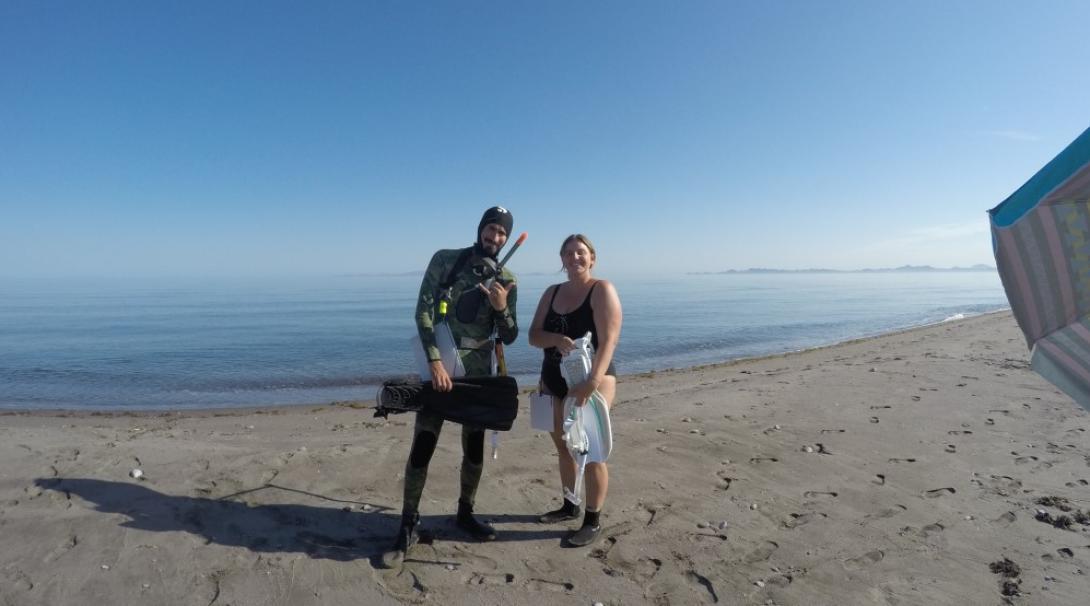 Volunteers preparing to snorkel in Mexico